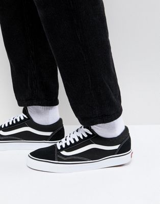 Vans Old Skool Trainers In Black VD3HY28