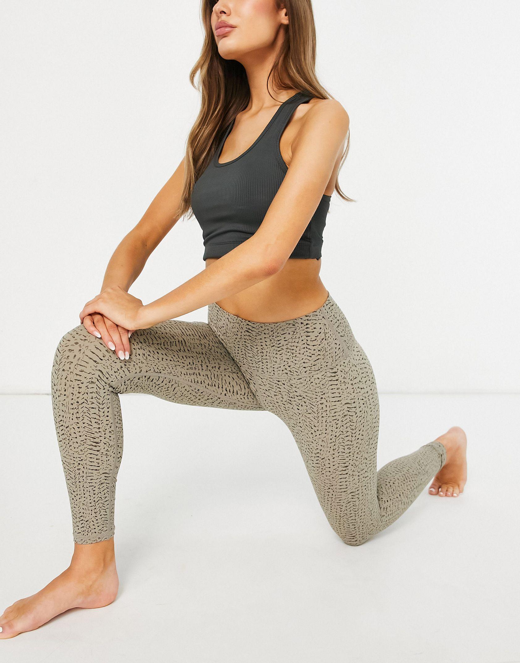 Varley Luna leggings in taupe -  Price Checker