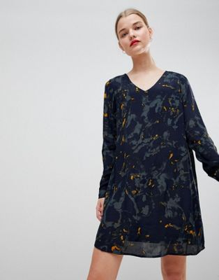 Vero Moda Printed V Back Dress