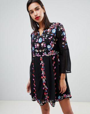 Vestido con bordados florales Edith de French Connection