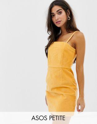 Vestido de pana con tirantes finos color mostaza de ASOS DESIGN Petite