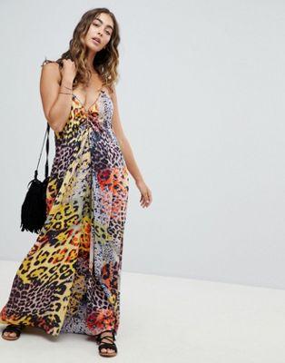 Vestido largo de playa con detalle enrejado con estampado de serpiente multicolor de ASOS DESIGN