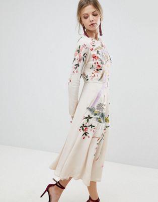 Imagen 1 de Vestido midi con bonito bordado de flores y pájaros de ASOS