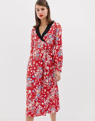 Vestido midi con estampado floral de jacquard de ASOS DESIGN