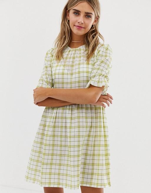 Bild 1 von Wednesday's Girl – Kariertes Mini-Hängerkleid im Vintage-Stil