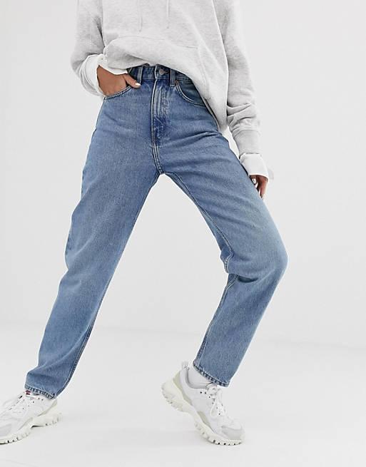Weekday – Lash – Ljusblå mom jeans i ekologisk bomull med oversize-passform