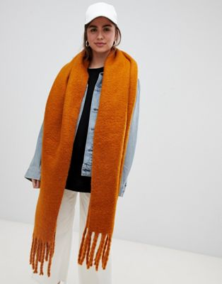 Weekday oversized scarf in Rust