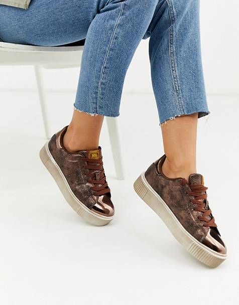 XTI lace up metallic sneakers in snake