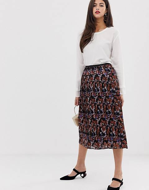 Y.A.S pleated scarf print midi skirt