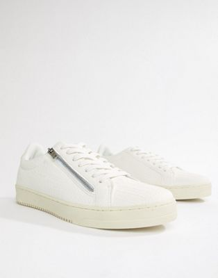 Zapatillas de deporte blancas de efecto piel de cocodrilo con detalle de cremallera de River Island