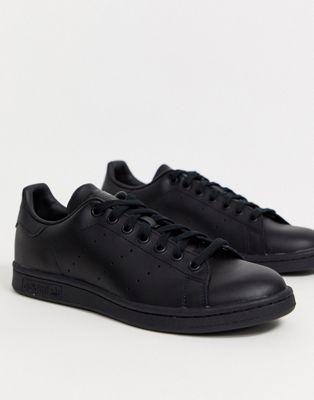 Zapatillas de deporte de cuero negras M20327 Stan Smith de adidas Originals