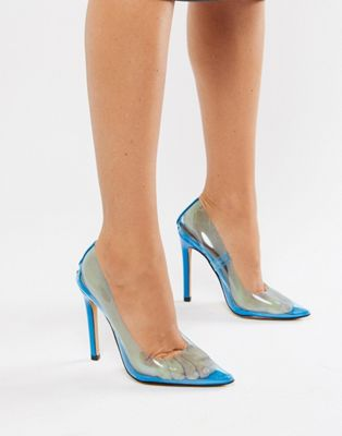 Zapatos de salón transparentes en azul Extra de Public Desire