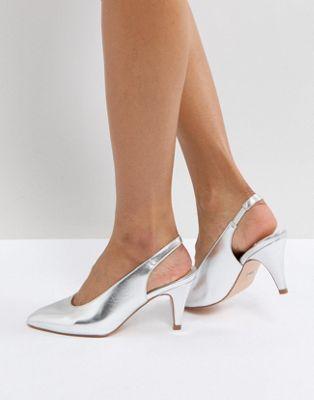 Zapatos de tacón de empeine alto Clarissa de Faith
