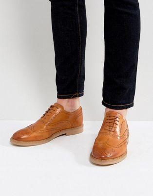 Zapatos Oxford de cuero en tostado de ASOS