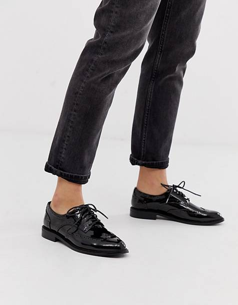 9a3d9981705 Zapatos Oxford planos en negro More de ASOS DESIGN