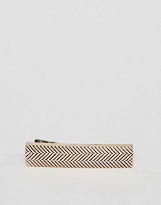 Золотистый зажим для галстука с шевронным узором Icon Brand